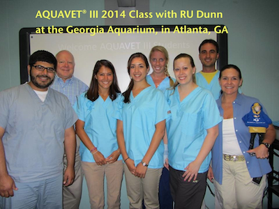 AQUAVET III 2014 class photo at GA aquarium